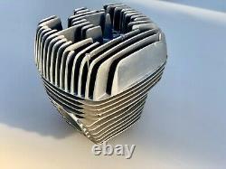 Cylindre et culasse -gauche left- neufs Nos. Suzuki t 500 t500 gt 500 gt500