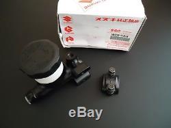 GENUINE SUZUKI GT750 RE5 Front Brake Master Cylinder 59600-31618 NOS