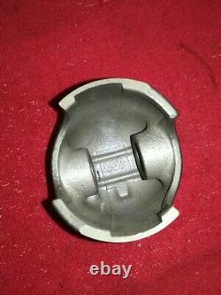 Genuine NOS Suzuki LJ50 Piston oversize (61,50mm) 12110-72102-050