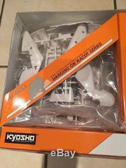 Kyosho Vintage Suzuki RGV500 Hang On Rider NOS 1/8 Motorbike Kevin Schwantz