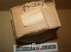 NOS 13200-46900 Genuine Suzuki RM80 VM28 Mikuni Carburetor