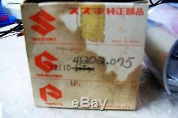 NOS OEM Suzuki Piston O/S 0.75 1976-1977 RM370 Off Road 12110-41202-075