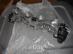 NOS Suzuki GSX-R600 GSX R600 2004-2005 OEM Carburetor Throttle Body 13405-29G00