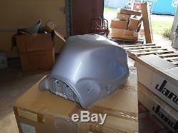NOS Suzuki OEM Silver Fuel Tank ASSY 2006-2007 GSX-R600 44100-01H00-YD8