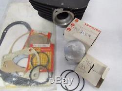 NOS Suzuki Original Cylinder & piston set 1976 RM100A Suzuki Part # 11210-41600