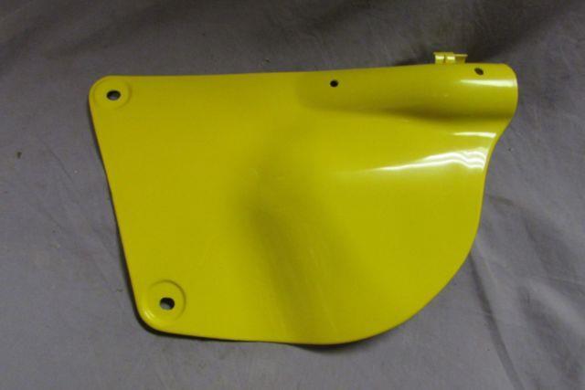 Nos 1976 1978 Suzuki Rm250 Rm370 Rm400 L/h Side Panel Covers Twinshock Yellow