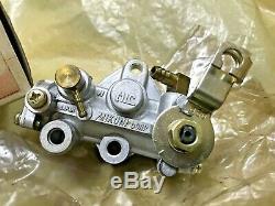 Suzuki DS100 DS125 TS100 TS125 Oil Pump Assy NOS Genuine Japan P/N 16100-48020