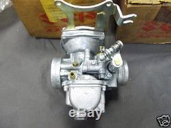 Suzuki GS400 Carburetor Set NOS GS400 CARBS L & R Carburettor 13201-44010 13202