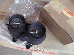 Suzuki GT250 Complete brand new full clock set (just bolt straight on) New Nos