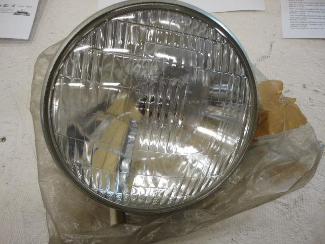 Suzuki Nos Gt250 1973-1977 Headlamp, 35121-18620 #233
