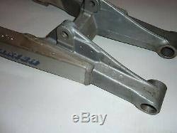Suzuki RM250 1989 1990 NOS OEM Swingarm 61000-28C10