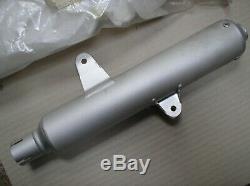 Suzuki RM 125 RM125 F 1985 exhaust silencer muffler can 14330-14500 genuine NOS