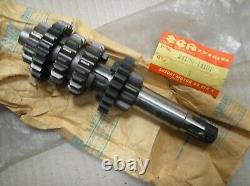Suzuki RM 125 RM125 X 1981 gearbox counter shaft assy 24120-14101 genuine NOS