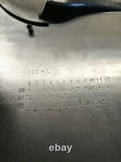 Suzuki Rgv. 250 left hand Side Panel nos Fairing 9440822e8033j genuine part