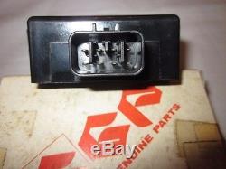 Suzuki UC150 Epicuro NOS CDI UC150 Igniter Assy 32900-21F90